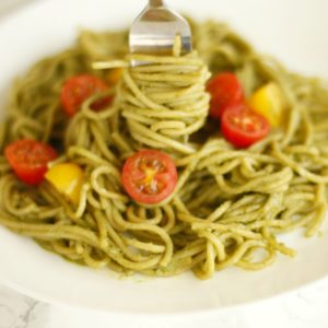 Avocado pasta - healthy dinner recipe by SincerelyJean.com