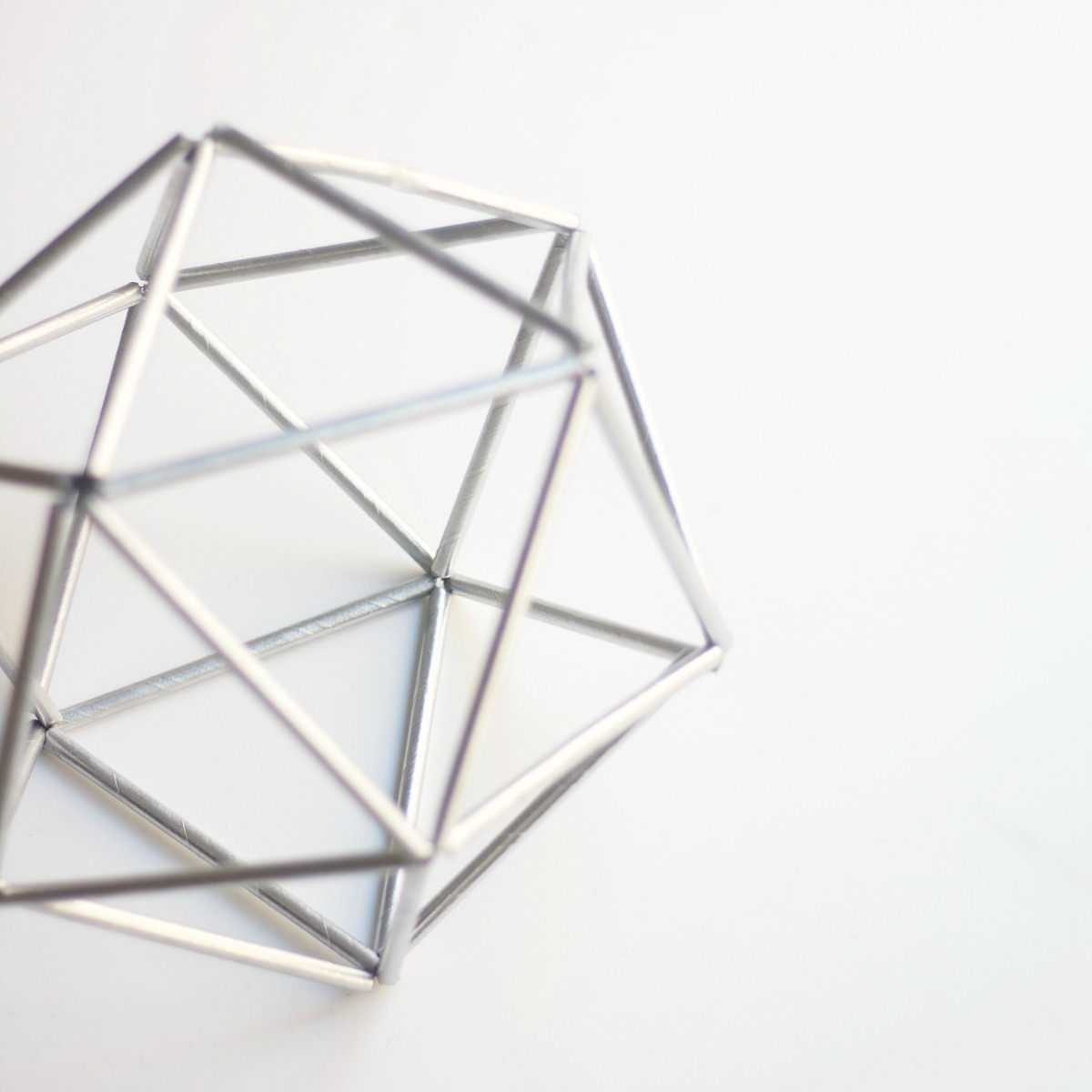 Geometric Home Decor: DIY Geometric Decor For $1