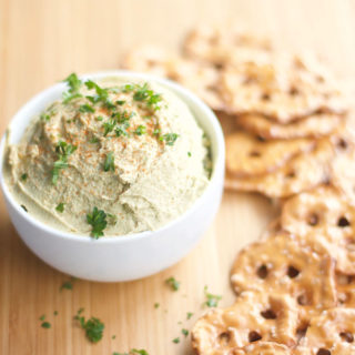 The Best Homemade Hummus, classic, recipe, easy, delicious, healthy, snacks, meals, appetizers